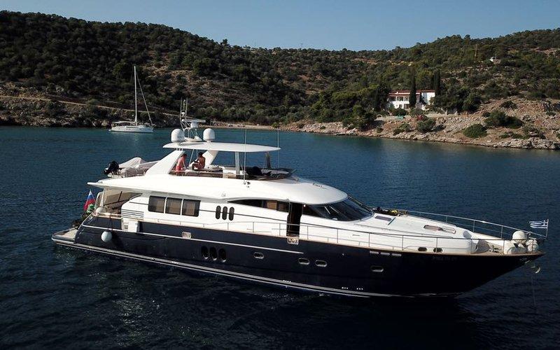 yacht1-8.jpeg
